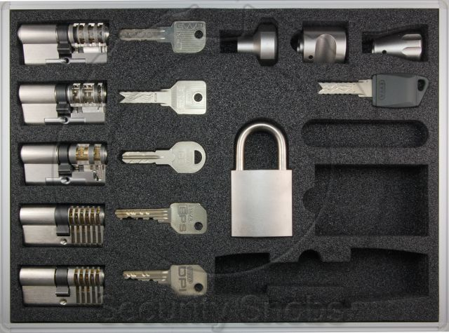 EVVA Large Dealer Cutaway Kit
